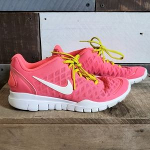 Nike Free 5.0 Trainer running athletic sho…